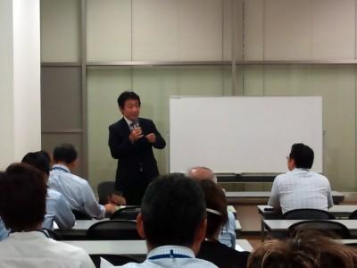 震災後の日本経済予測セミナー